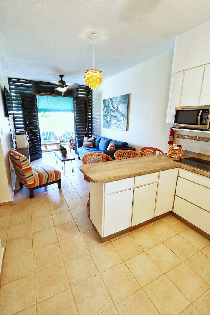 Newly Renovated Cabo Rojo Apartment By The Beach!