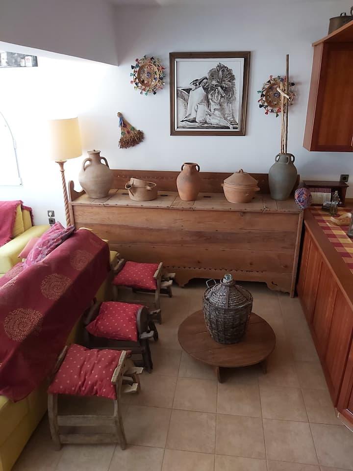 Σπίτι με μοναδικούς χώρους με ιδιαίτερη διακόσμηση