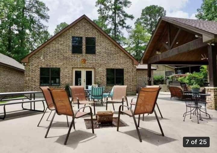 Great waterfront lake house for making memories!