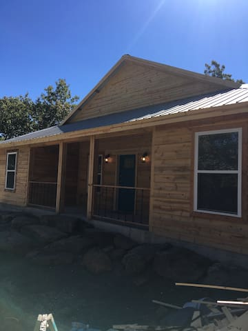Cozy cabin at Lake Eufaula!! - Long town - Casa