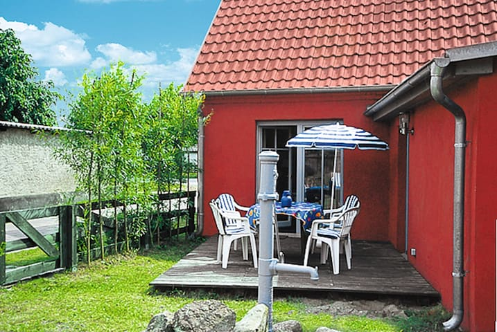 Kapitänshaus LEO - Leopoldshagen - Hus