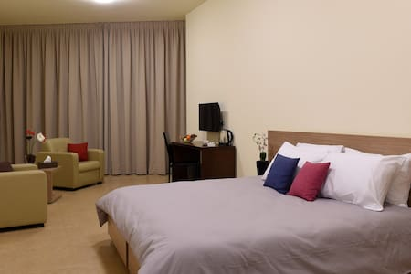 BYBLOSTAR SUITES /DELUXE ROOM - Byblos