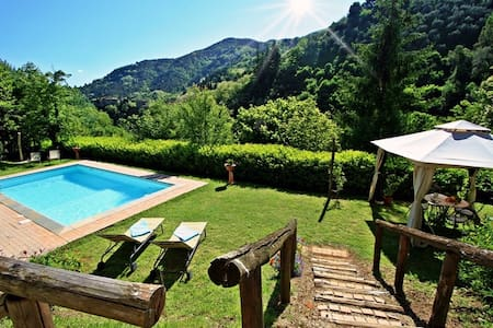 Magic house private pool between Florence & Lucca - Pescia