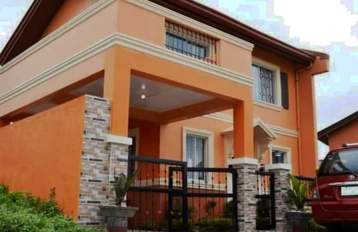 house for rent /staycation/lease