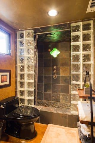 Bathroom of Safari room, lower level of pool house