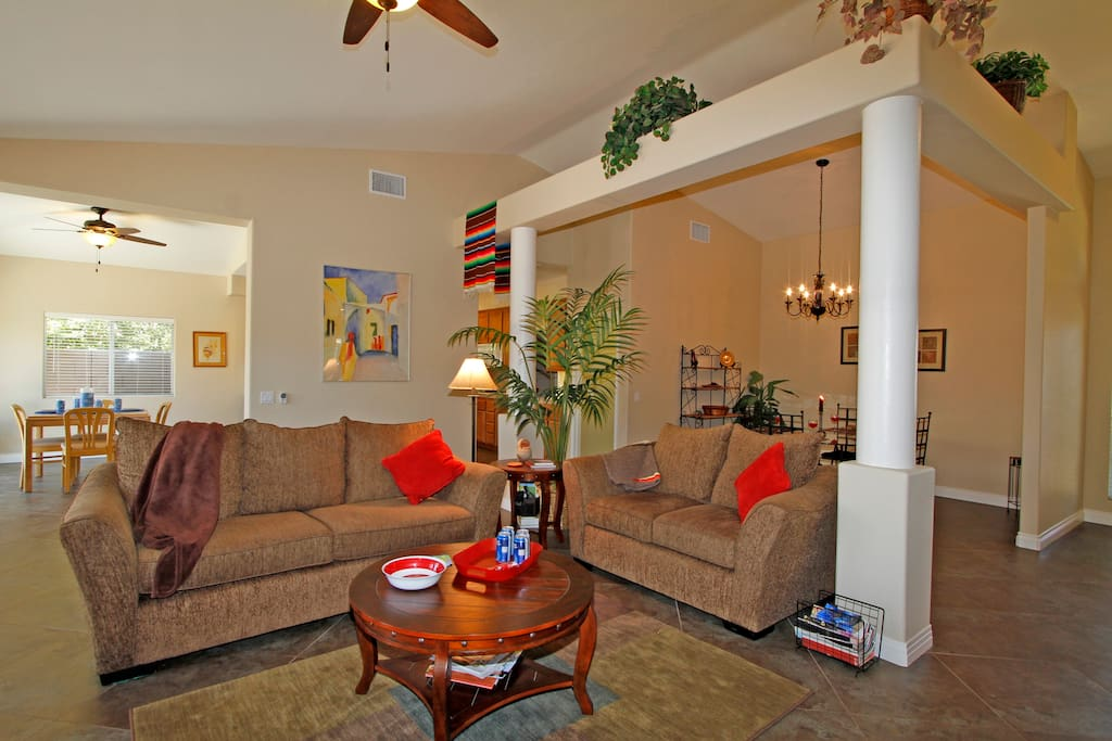 Comfortable Great Room and big screen TV with cable and separate sitting area