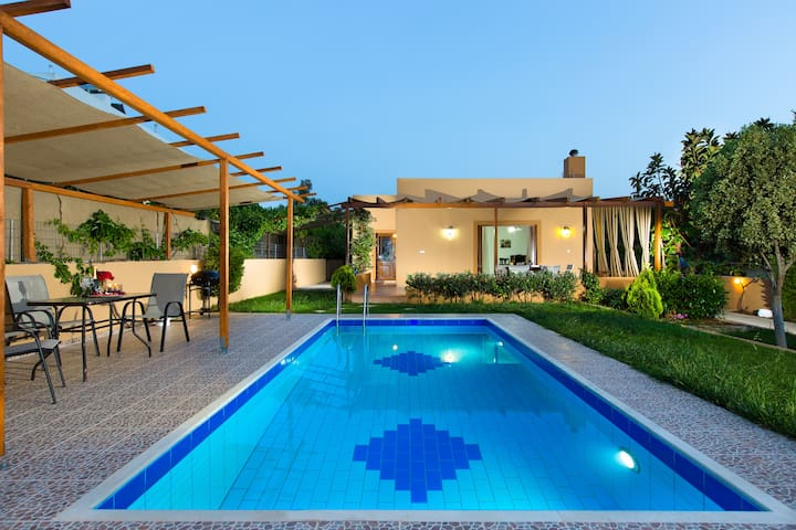 Mary's House, absolute relaxation! - Rethymno - House