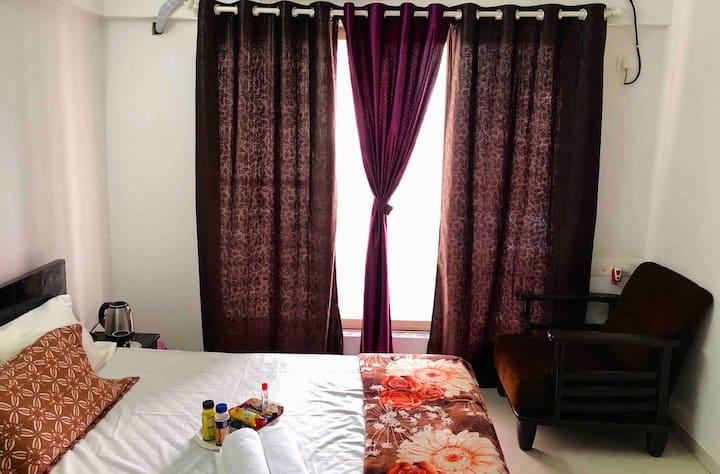 Breeze High Private Room, Mumbai /WifiAC & Netflix