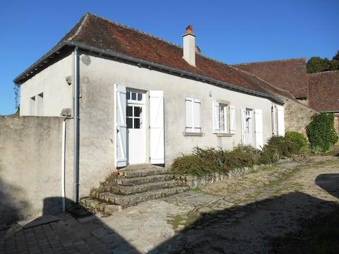 Detached house in Orsennes village