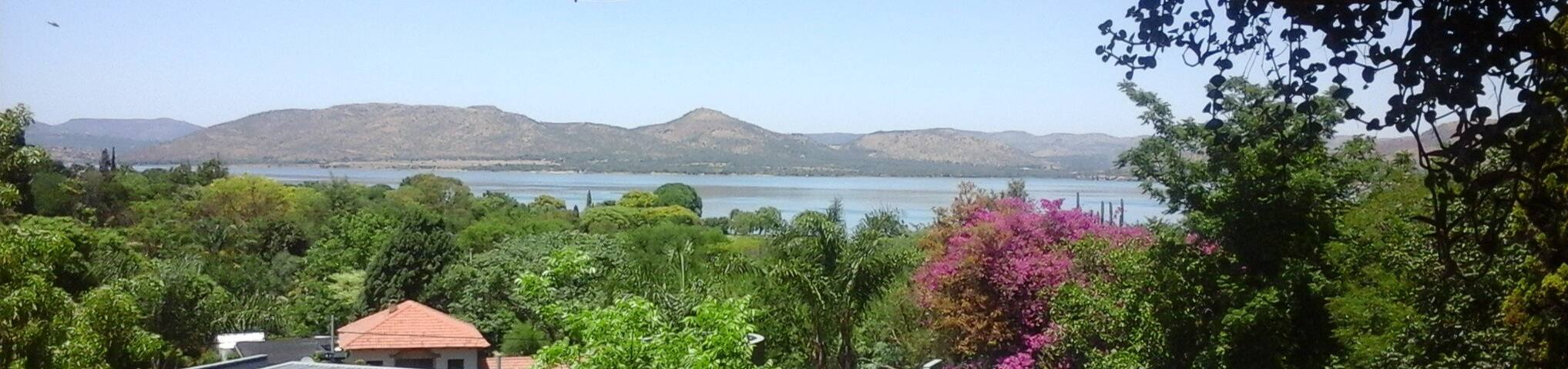 Hartbeespoort Dam - Getaway Flatlet