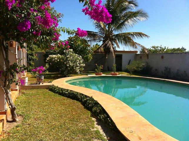 Belle maison avec piscine - Chelem - Casa