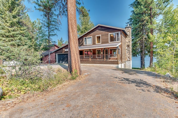 Large lakefront cabin with water views, private hot tub and dedicated dock!