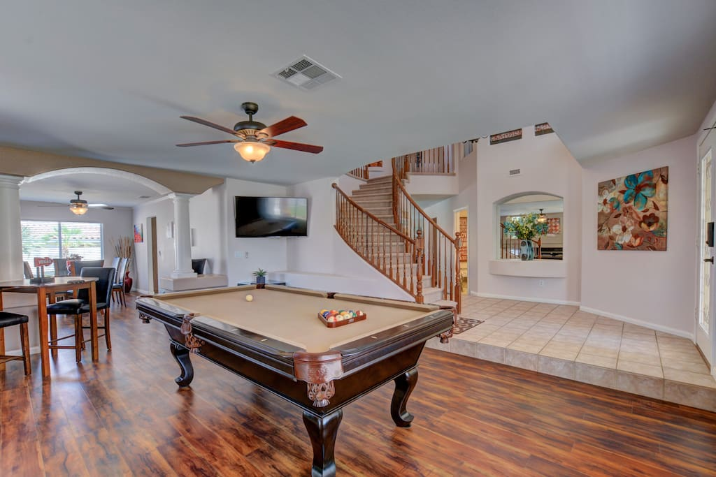 Awesome pool table to have some fun!