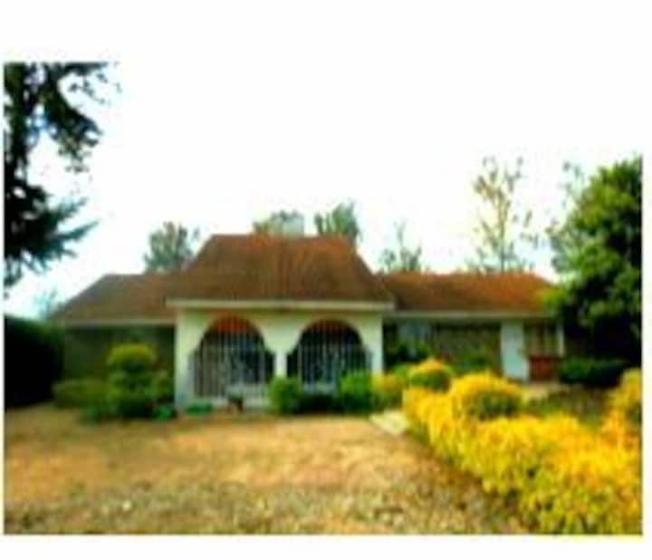 Private 3 bedroom house in own compound!!!