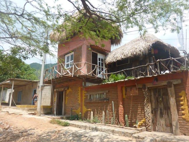 hugo`s place - Santa Marta (districte turístic, cultural i històric) - Casa