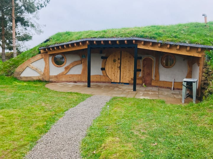 Hobbit House - Badgers Court @ Townsend