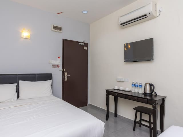 1BR Suite Triple@ Muar City Hotel! On Sale!