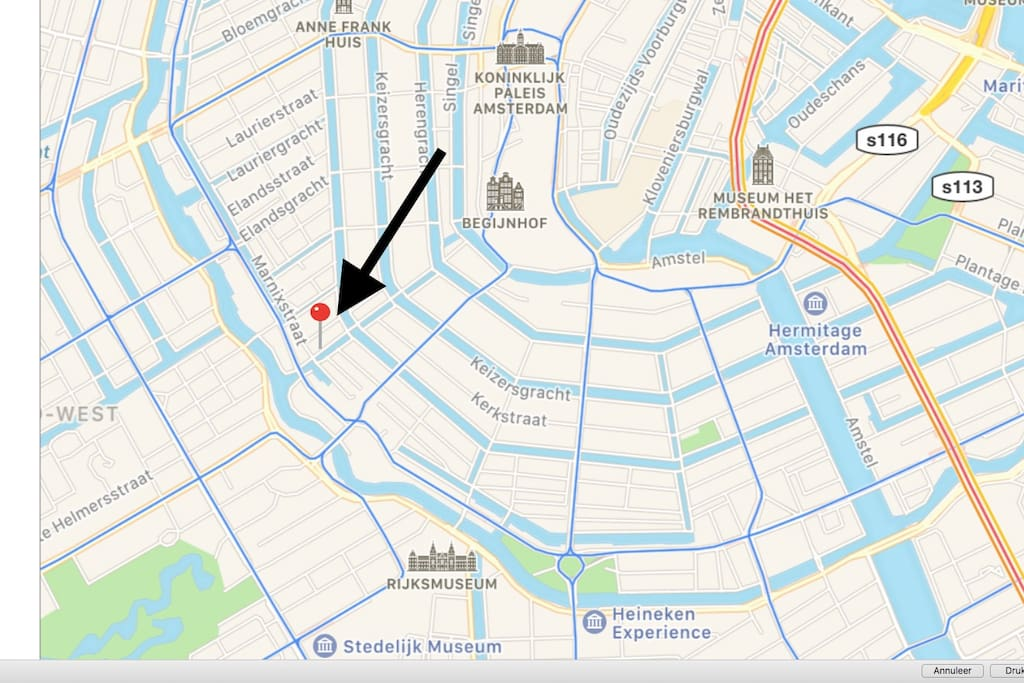 The location is perfect all main attractions are close by; Anne Frank house, Rijks museum, Van Gogh museum, Vondelpark, PC Hoof street, 9 little streets (shopping) and more all around the corner.