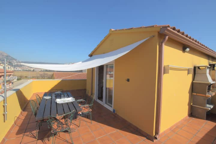 Fabulous duplex at 1 minute walk from the beach