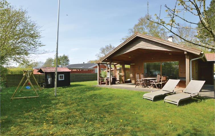 Holiday cottage with 3 bedrooms on 67m² in Haderslev