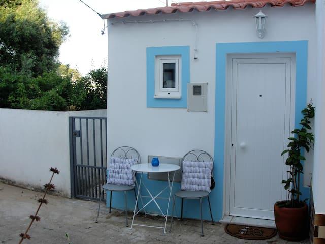 Manta Rota, Algarve 100 m de la plage