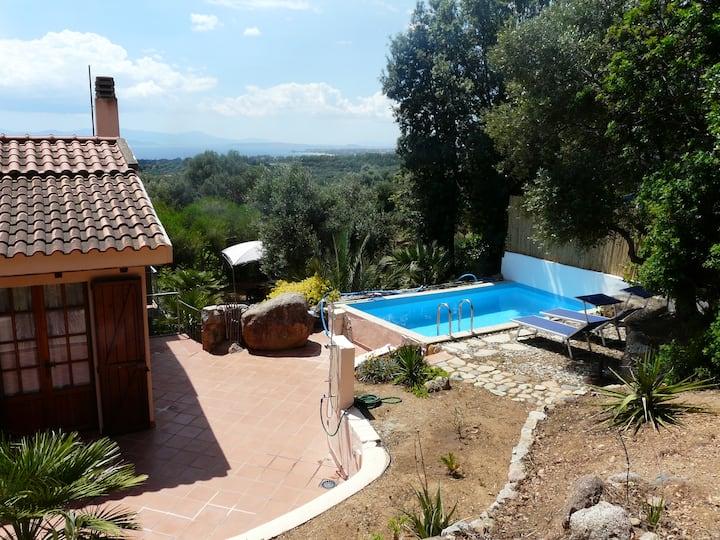Beautiful house in Capitana with swimming pool.