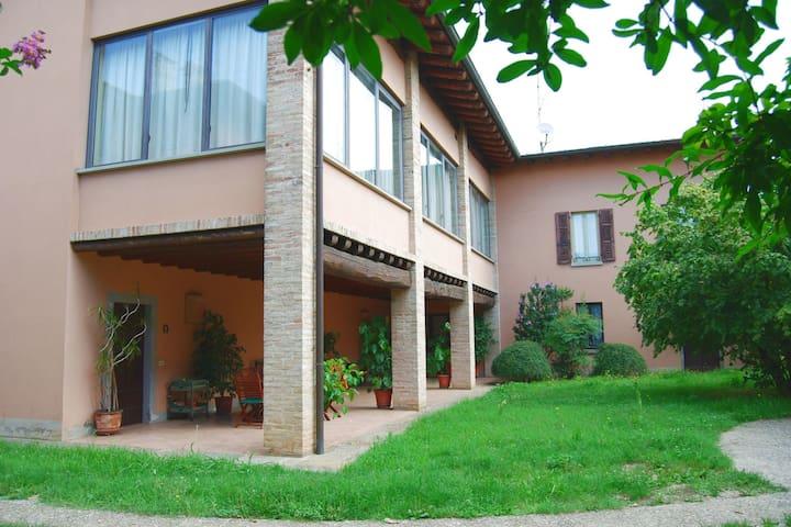 Villa in Capriolo with Patio, Courtyard, Garden, Parking