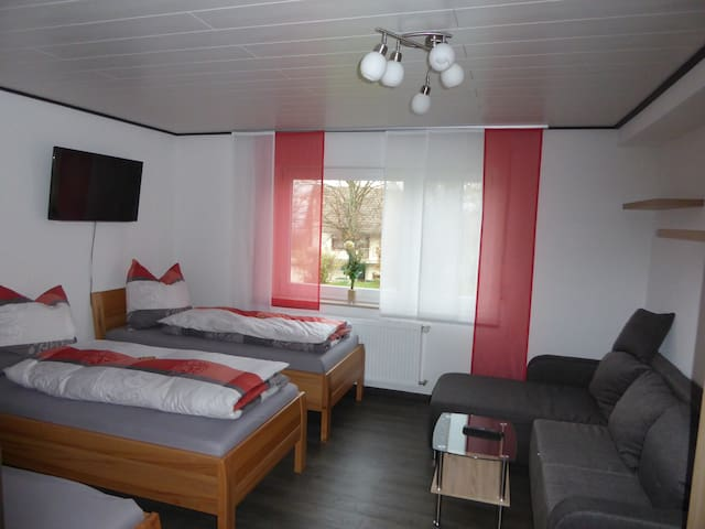 Ferienwohnung Waldblick 1 - Burladingen - Apartment