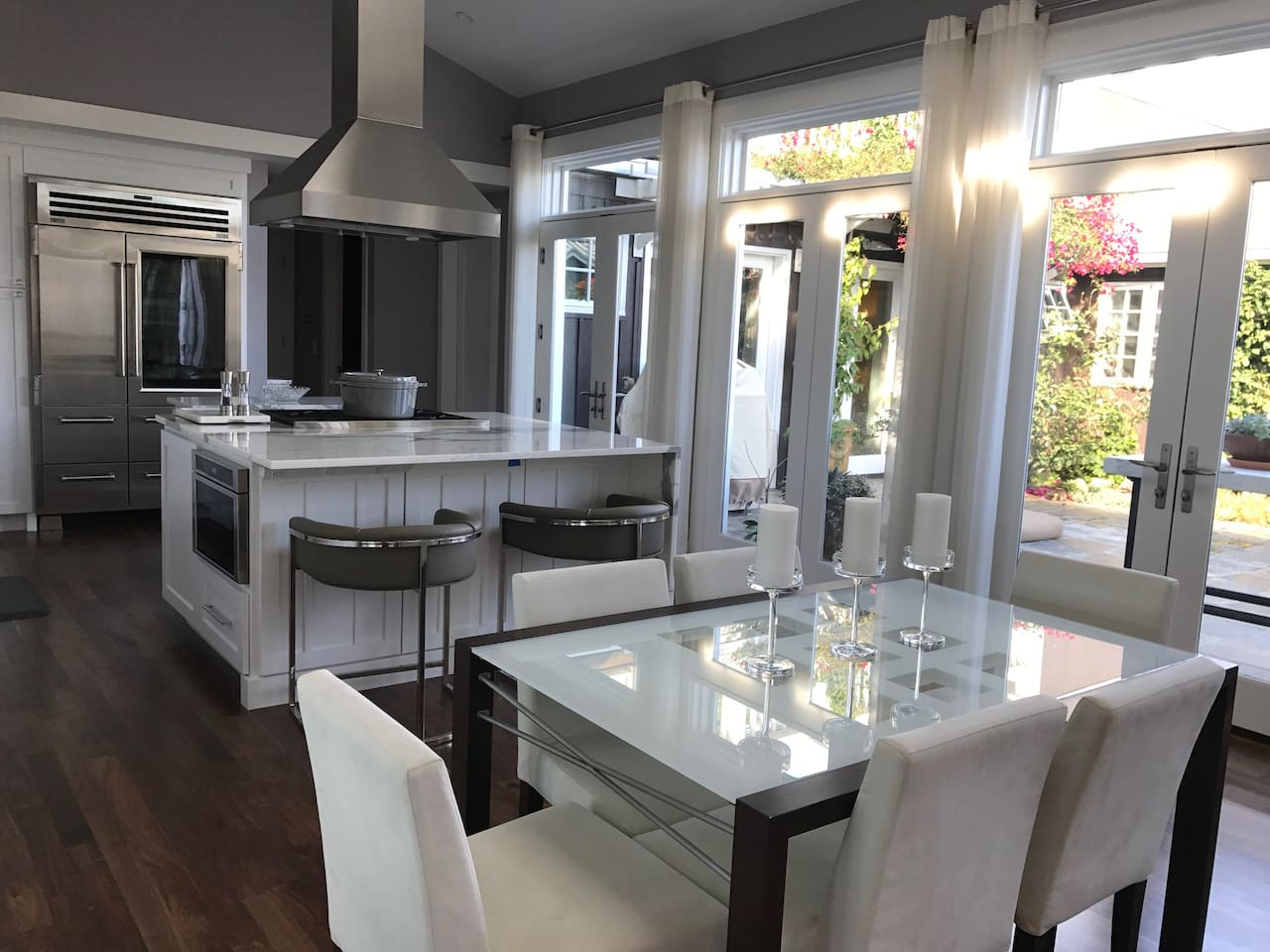 Dining Room and Professional Kitchen