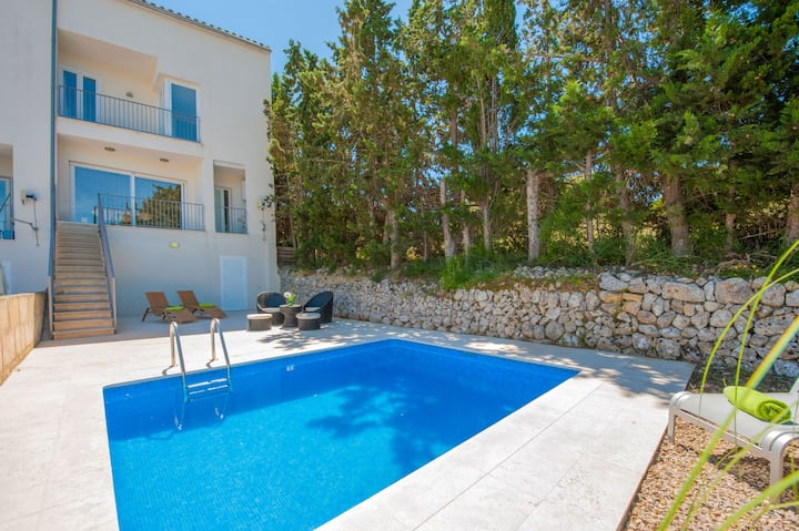 SON PUIG  - Modern terrace house with private pool in inland Majorca. Free WiFi
