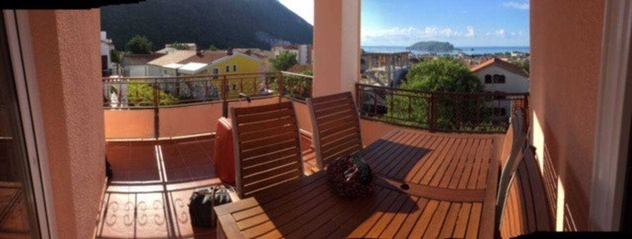 Budva New sea apartment