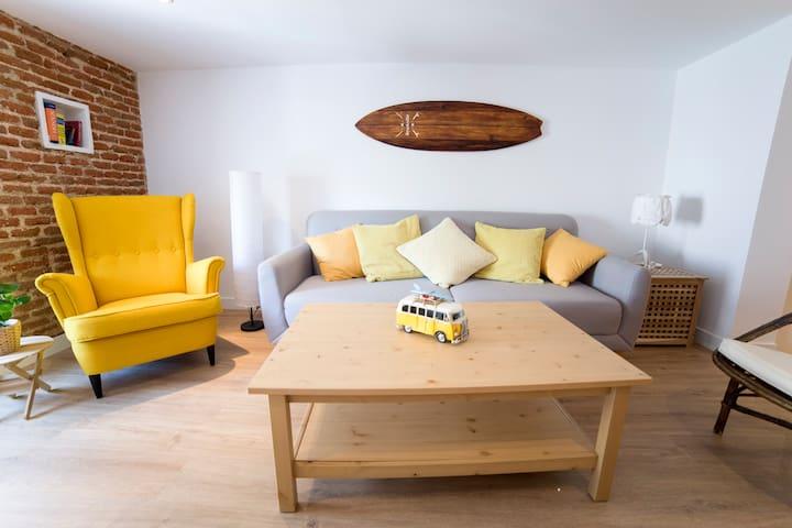 El sofá se hace cama