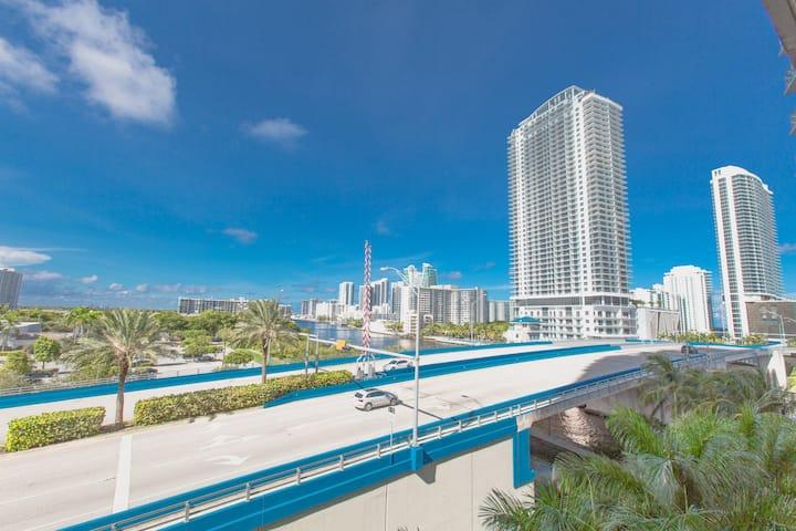 Amazing view! One Bedroom at Beachwalk Resort (N)