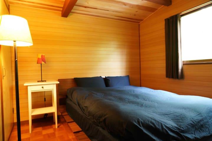 寝室① ダブルベット