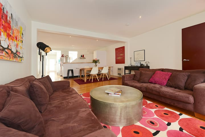 Three Storey Terrace in the Heart of Hobart CBD