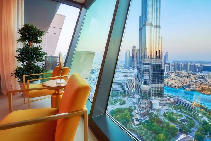 Burj Khalifa & Fountain view Designer 3 Bed Home