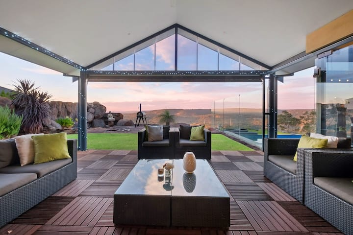 Nestled in nature, with amazing panoramic views