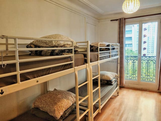 L&D 401-1-1Bed in 5beds female Dormitory room75019