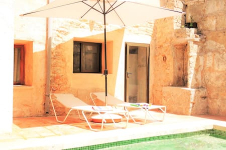 House for 8 people with swimming pool-Ca'n Climent - Llucmajor - Haus