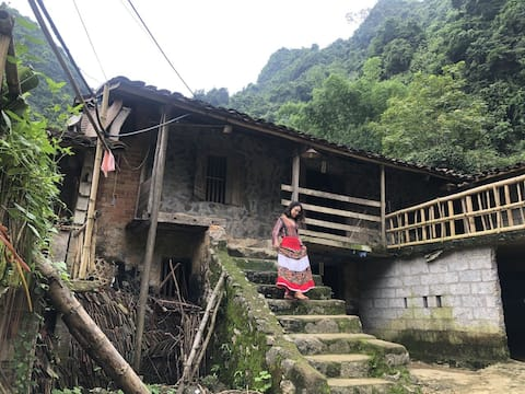 Authentic homestay by friendly local Tay people