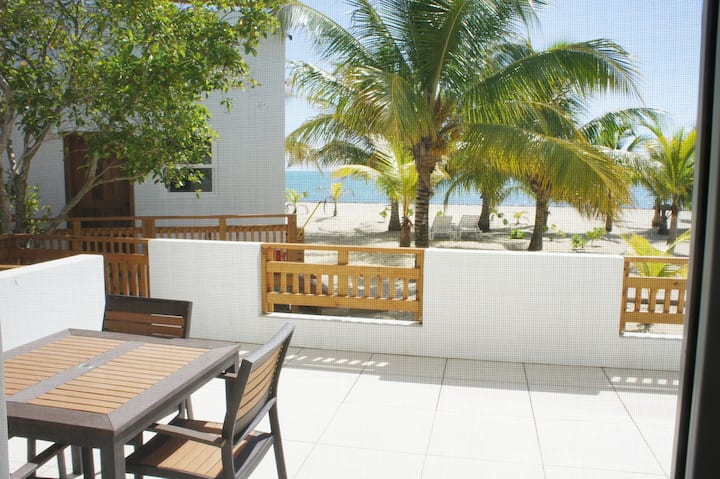 OceanView Bungalow: beachfront/gold standard cert!