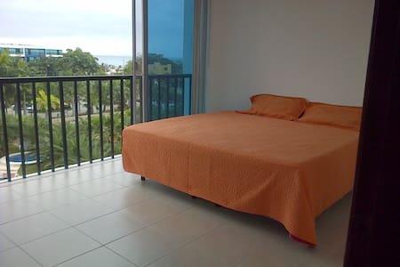 SUITE AMOBLADA CON CAMA DE 3 PLAZAS - Punta Blanca - Apartament