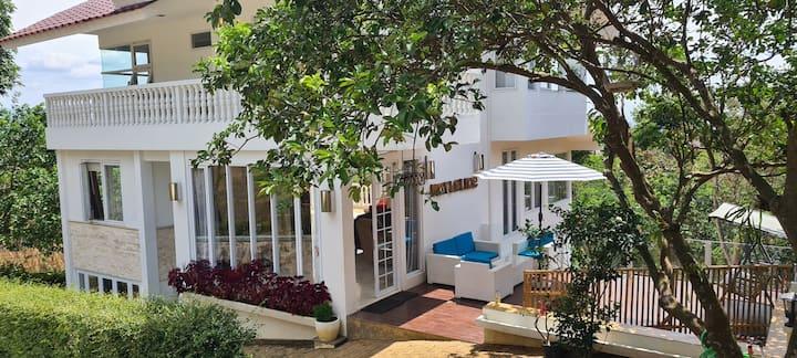 Villa Marbelice - Incredible panorama views & pool