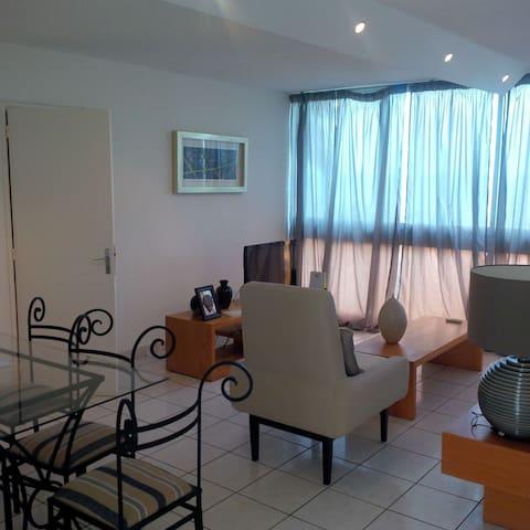 Magnifique appartement avec belle vue sur la mer - Libreville
