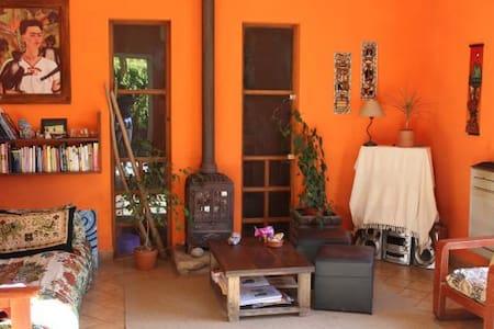 Hermosa casa a metros del mar - Miramar