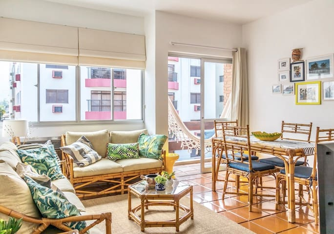 3-Room Wi-Fi fully-equipped FLAT at Enseada beach
