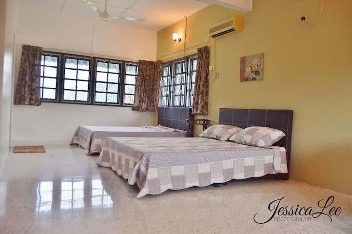 Spacious Newly Furnished Home - Ipoh - Dom