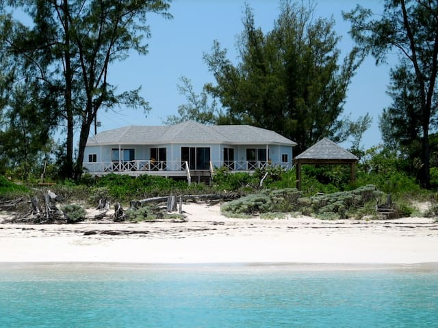 Beautiful Beachhouse, Great Harbour Cay. Bahamas - Berry Islands - Rumah