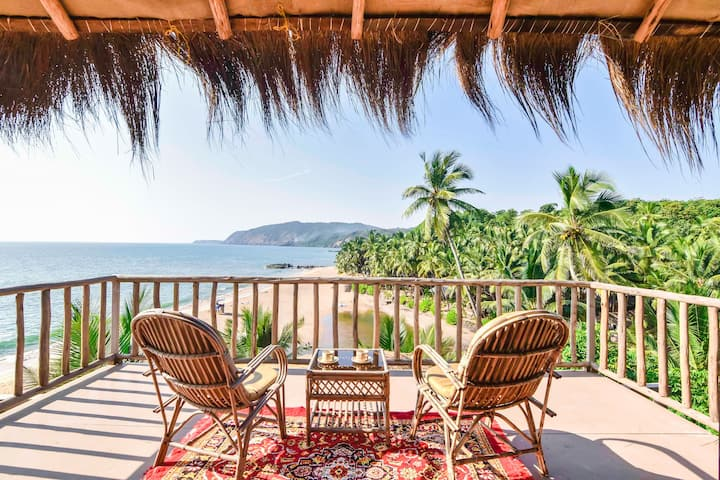 Sea View Chalets in Goa with Complimentary Buffet