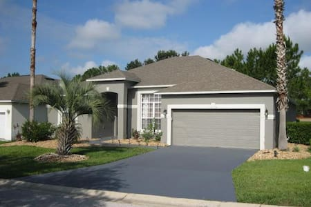 GORGEOUS HOME WITH GOLF COURSE VIEW - Haines City - Villa